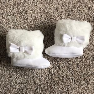 Baby Girl Faux Fur Embellished Boots